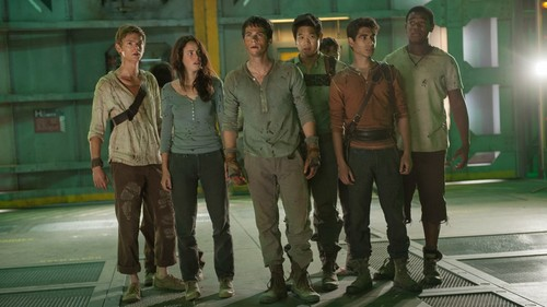 The Maze Runner Hintergrund containing a straße and a fahrbahn titled The Scorch Trials