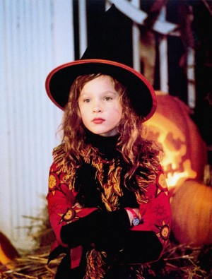 Thora Birch as Dani Dennison in Hocus Pocus