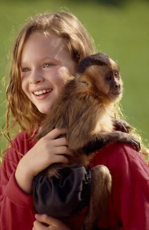 Thora Birch as Eva in Monkey Trouble