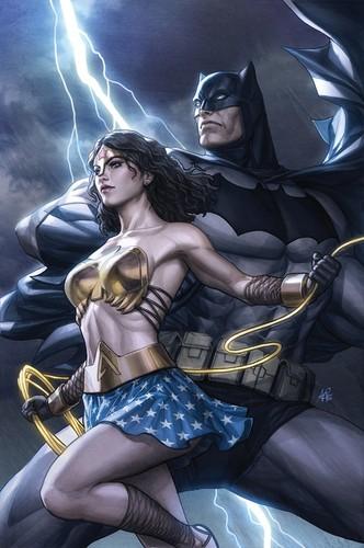 वंडर वुमन वॉलपेपर entitled Wonder Woman and बैटमैन