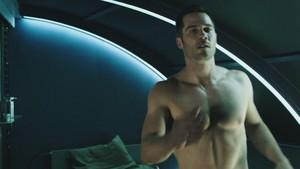 shirtless luke-killjoys