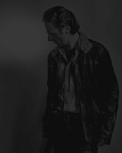 Walking Dead fond d'écran probably containing a concert entitled Season 6 Character Portrait #2 ~ Rick Grimes
