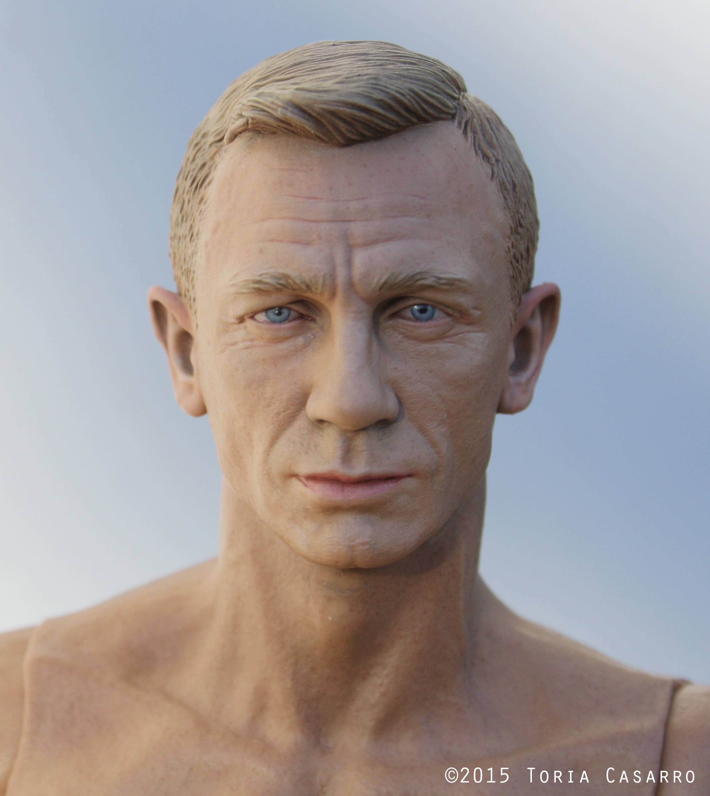 1/6th scale Daniel Craig sejak Toria Casarro