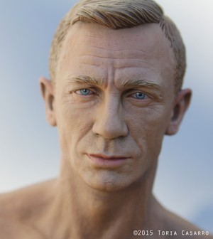 1/6th scale Daniel Craig door Toria Casarro