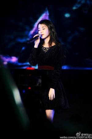 151108 李知恩 at IandU 粉丝 Meeting in Shanghai 音乐会