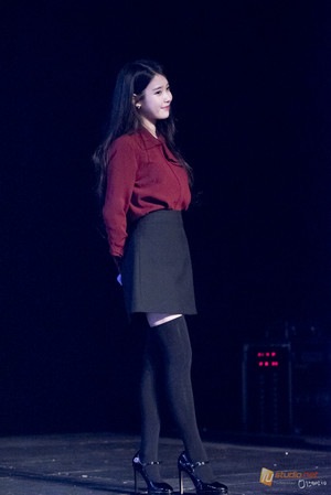 151115 IU Performance at Sudden Attack Mini người hâm mộ Meeting