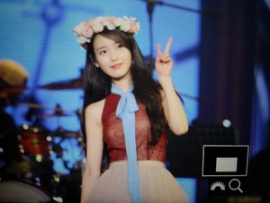 151122 IU [CHAT-SHIRE] Concert at Seoul Olympic Hall