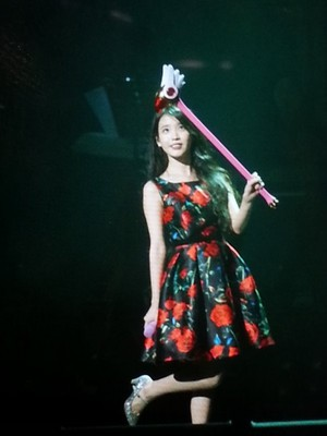 151129 IU 'CHAT-SHIRE' konsert at Busan