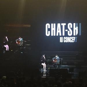 151129 IU and Oh Hyuk at 'CHAT-SHIRE' konsert at Busan