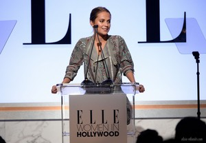 22nd Annual ELLE Women In Hollywood Awards - tampil (October 19, 2015)
