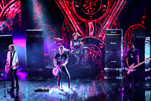 5Sos at X Factor Italy