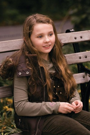 Abigail Breslin as Maya Hayes in Definitely, Maybe