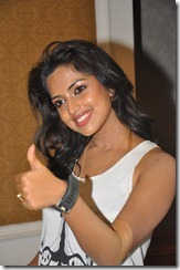 Amala Paul Hot 写真 sideview1 thumb
