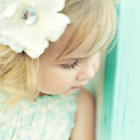 adorables bébés fond d'écran containing a bonnet entitled Baby Girl