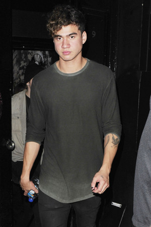 Calum leaving a Club in লন্ডন