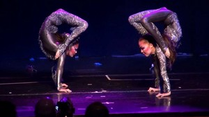 Contortionists duet