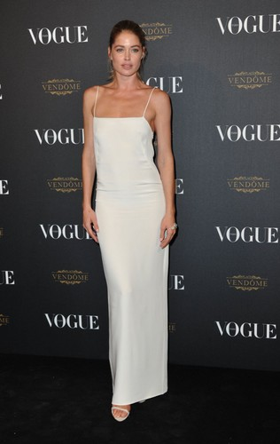Doutzen Kroes wallpaper probably with a dinner dress, a gown, and a strapless titled Doutzen Kroes