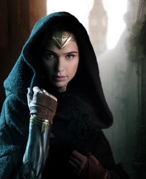 First Look at Gal Gadot in Wonder Woman Solo Film