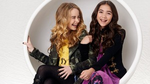 Girl Meets World Rowan Blanchard And Sabrina Carpenter 画像