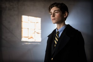 Gotham - Episode 2.10 - The Son of Gotham