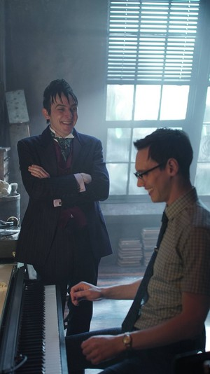 Gotham - Episode 2.11 - Worse Than A Crime
