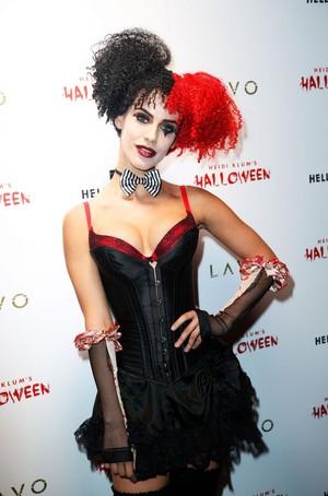 Jessica at Heidi Klum Хэллоуин Party