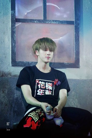 Jin hottie♔♥