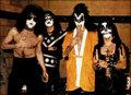 KISS 1975 - kiss photo
