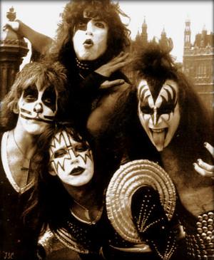 KISS ~London, England…May 10, 1976
