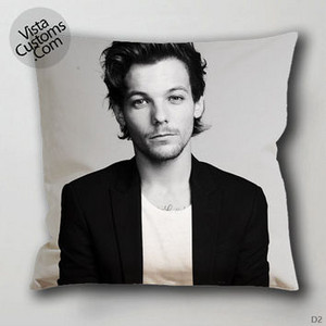 Louis Tomlinson travesseiro