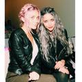 Mary-Kate and Ashley Olsen - mary-kate-and-ashley-olsen photo