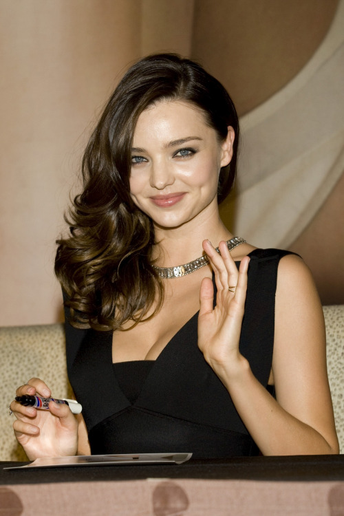 Miranda kerr miranda kerr photo 39022715 fanpop