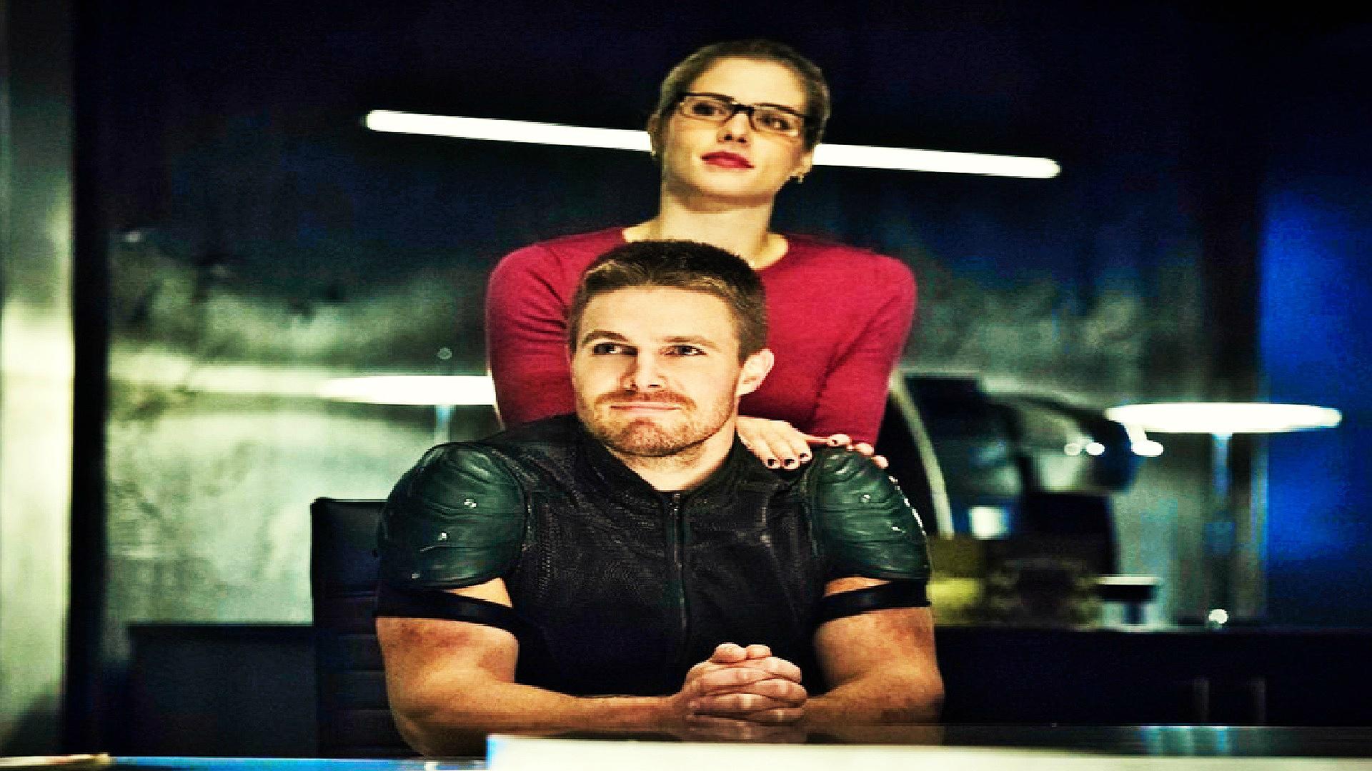 Oliver and Felicity karatasi la kupamba ukuta