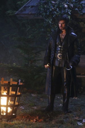 Once Upon a Time - Episode 5.11 - cygne Song