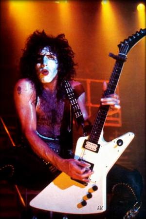 Paul 1977