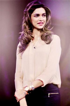 퀸 Deepika