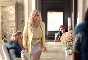 "Scream Queens ""Mommie Dearest"" (1x08) promotional picture"