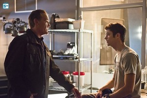 The Flash - Episode 2.07 - Gorilla Warfare - Promo Pics
