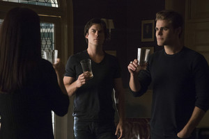 The Vampire Diaries 7.07 ''Mommie Dearest''
