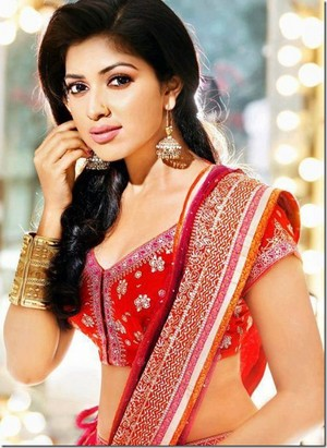 amala paul beautiful still thumb 2