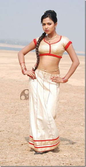 amala paul hot thumb 1