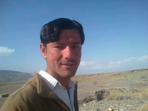 Shahid Afridi wolpeyper called asim tanha