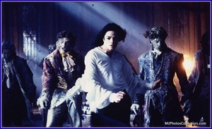 ღ Michael Jackson's Ghosts ღ