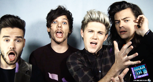 One Direction پیپر وال probably containing a portrait titled New Year's Rockin' Eve 16