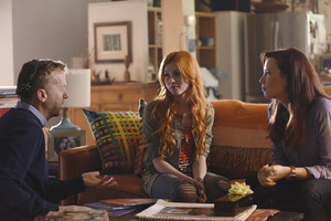 'Shadowhunters' Episode 1x01 behind the scenes