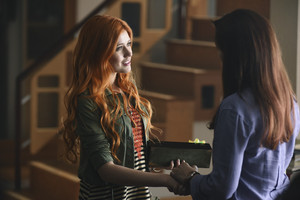 1×01 The Mortal Cup