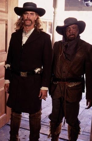 1x01 - Deadwood - Wild Bill and Charlie Utter