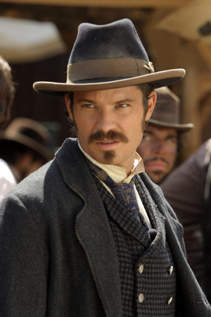 1x05 - The Trial of Jack McCall - Seth Bullock