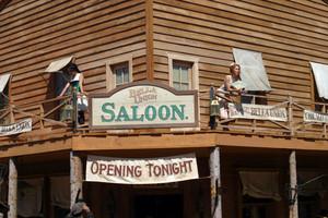 1x06 - Plague - The Bella Union Saloon