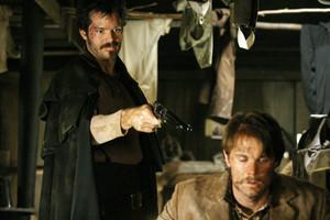 1x07 - Bullock Returns to the Camp - Seth Bullock and Jack McCall